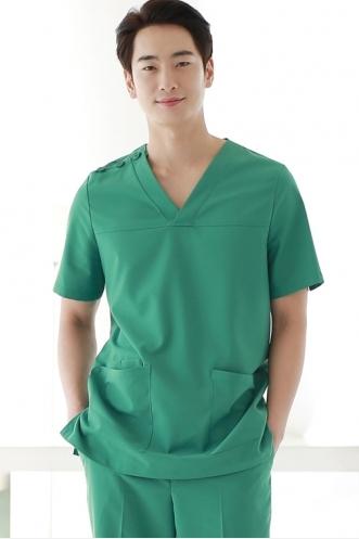 may đồng phục bệnh viện theo yêu cầu