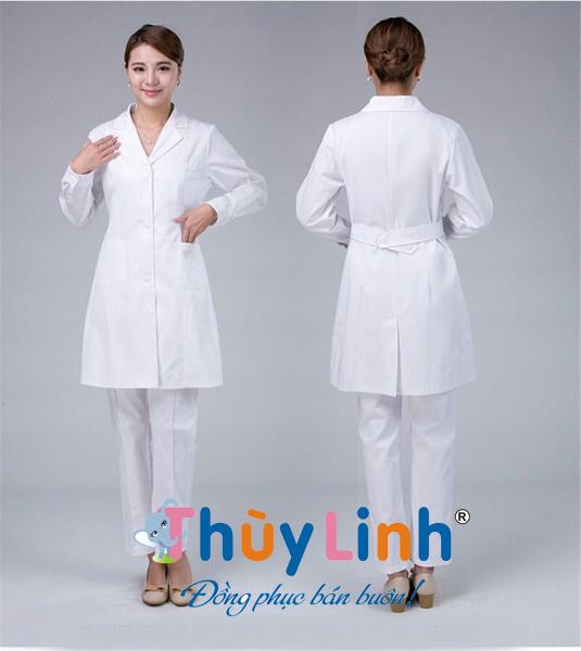 Áo blouse của dược sĩ